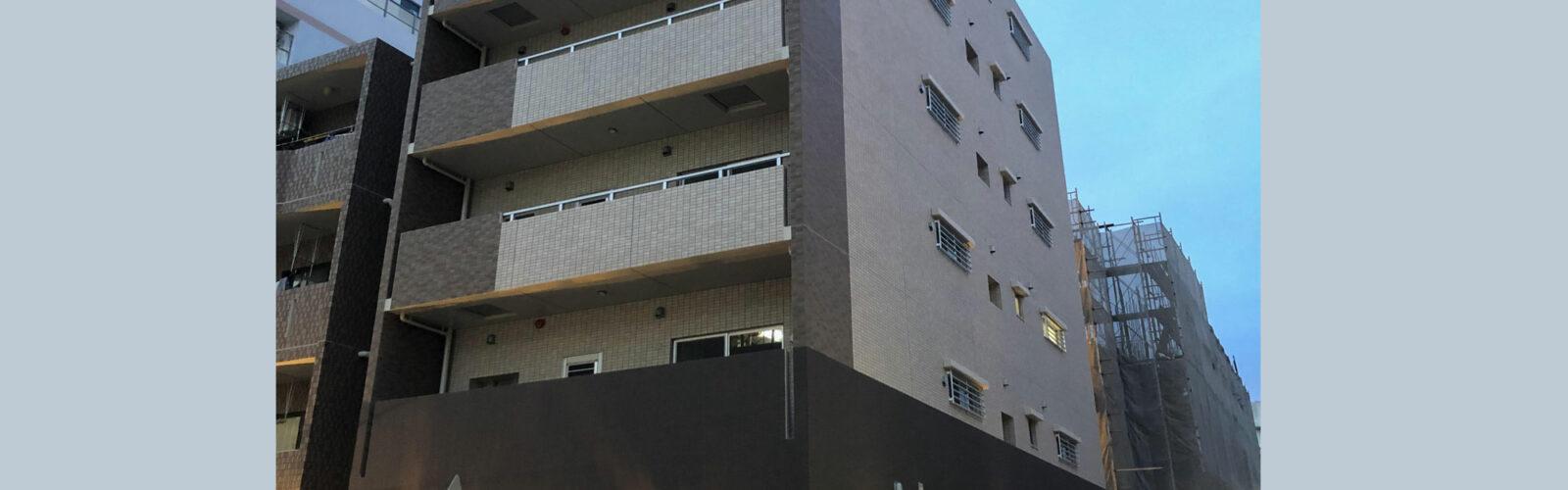新都心で放つ都会的な高級感。住空間設備もグレードアップした店舗兼共同住宅。